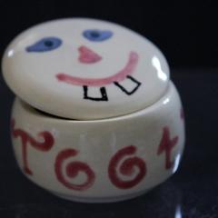 Tooth pot